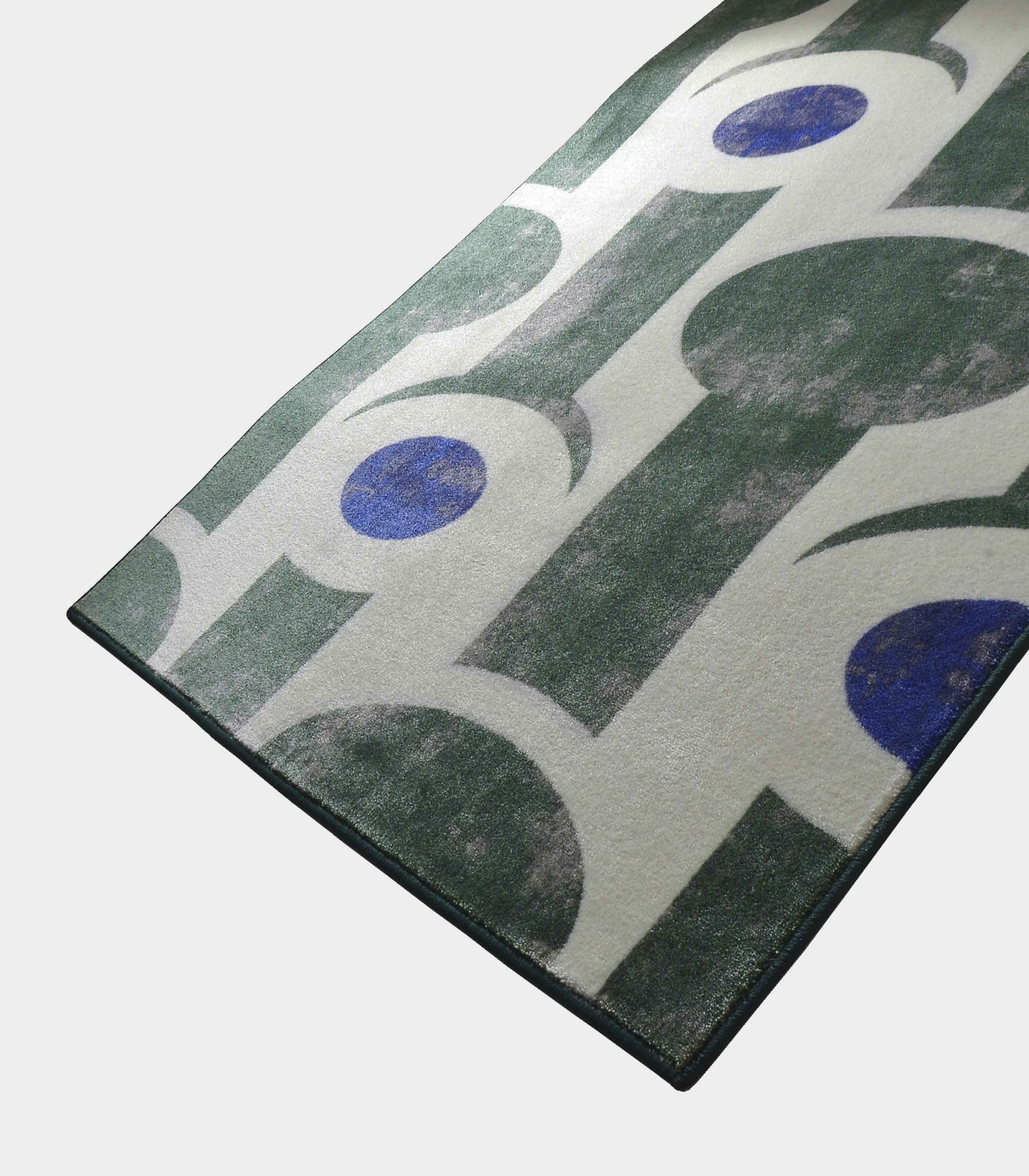 """Abstract"" green rug in printed fabric loopo milano design FD"
