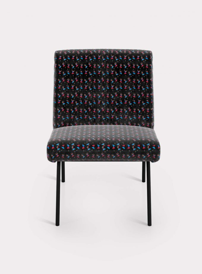 "Armchair with ""Dancers and Umbrellas"" pattern loopo milano design F"