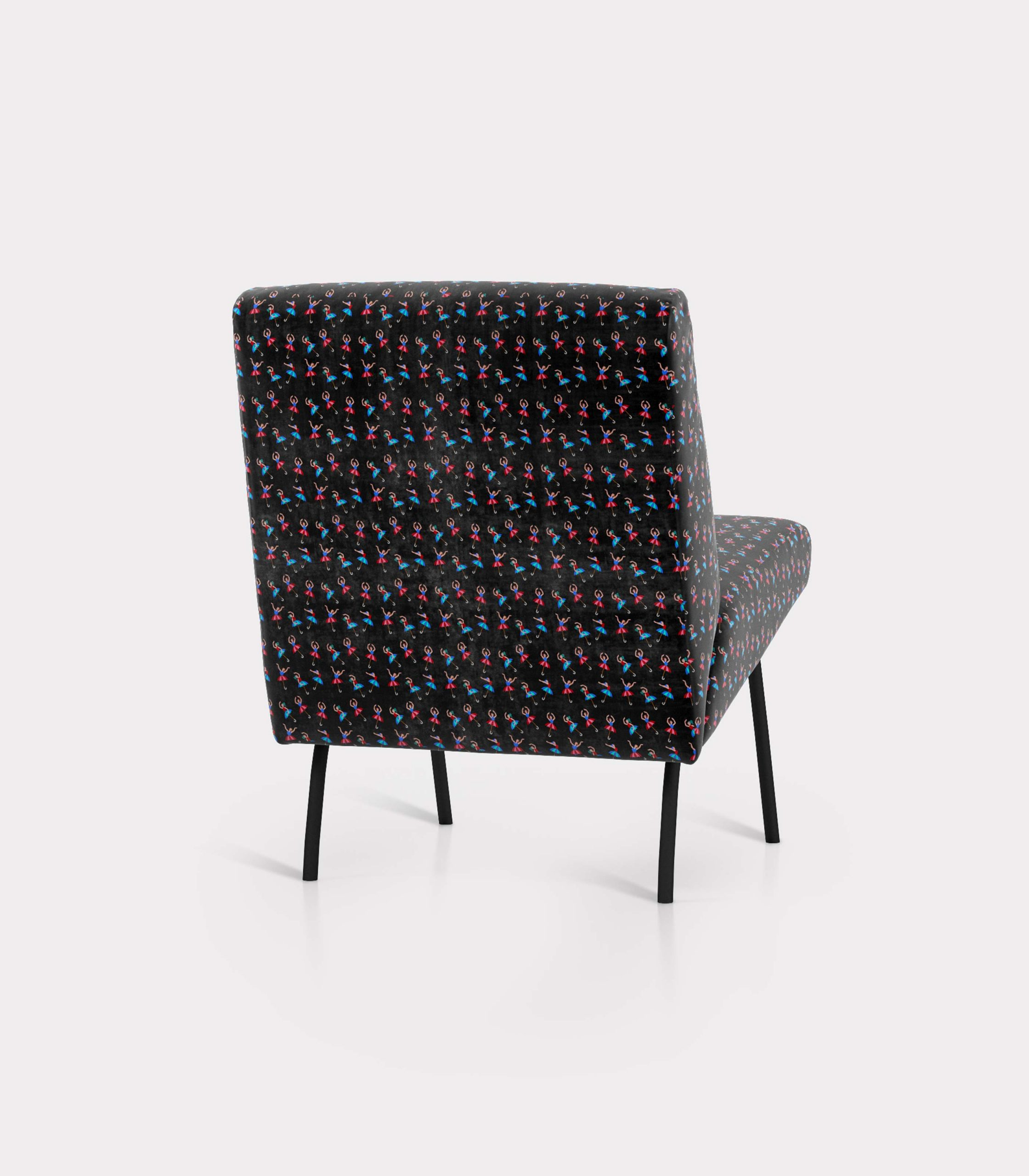 """Armchair with """"Dancers and Umbrellas"""" pattern loopo milano design R"""