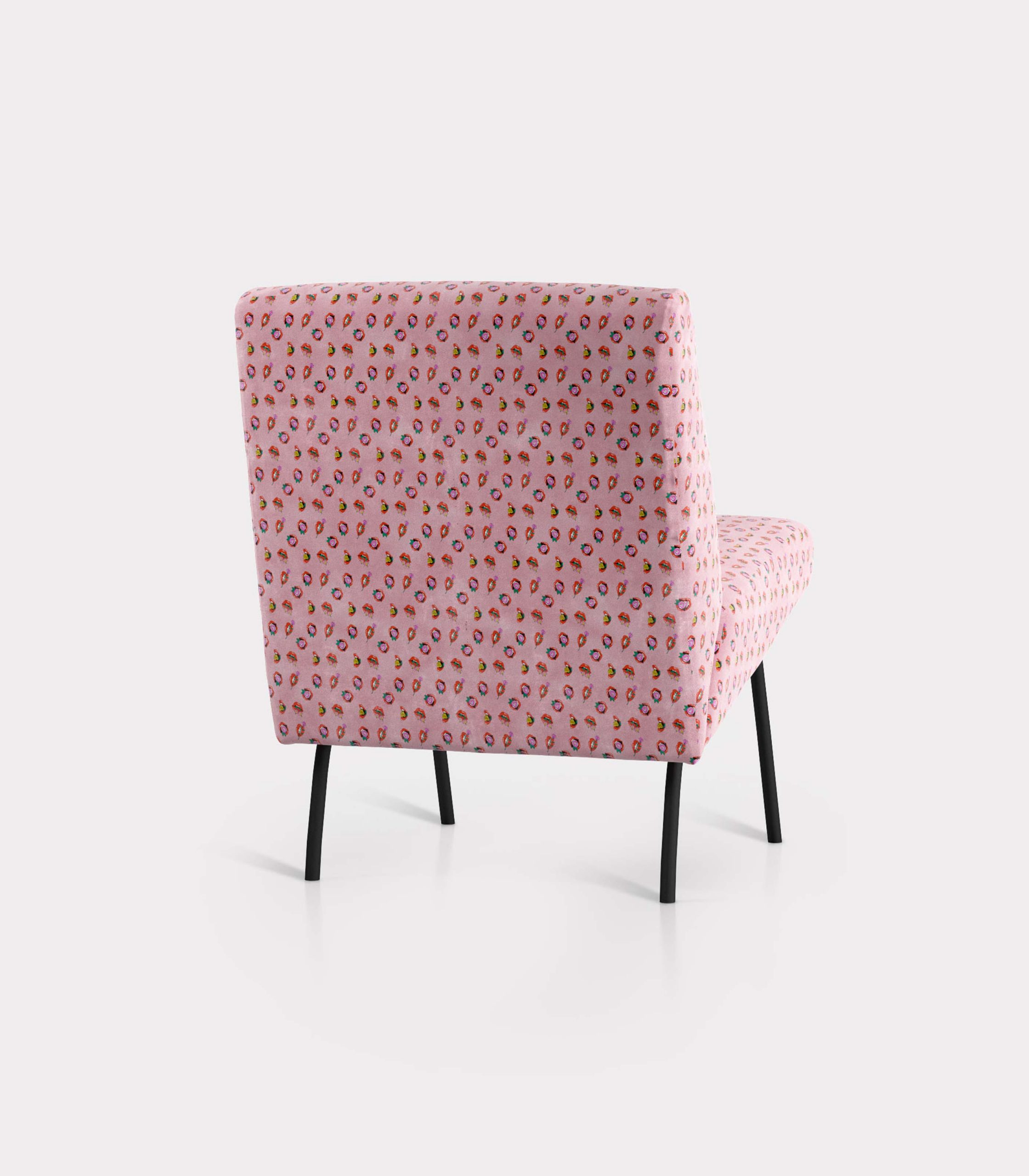 """Armchair with """"Mouths and flowers"""" pattern loopo milan design R"""