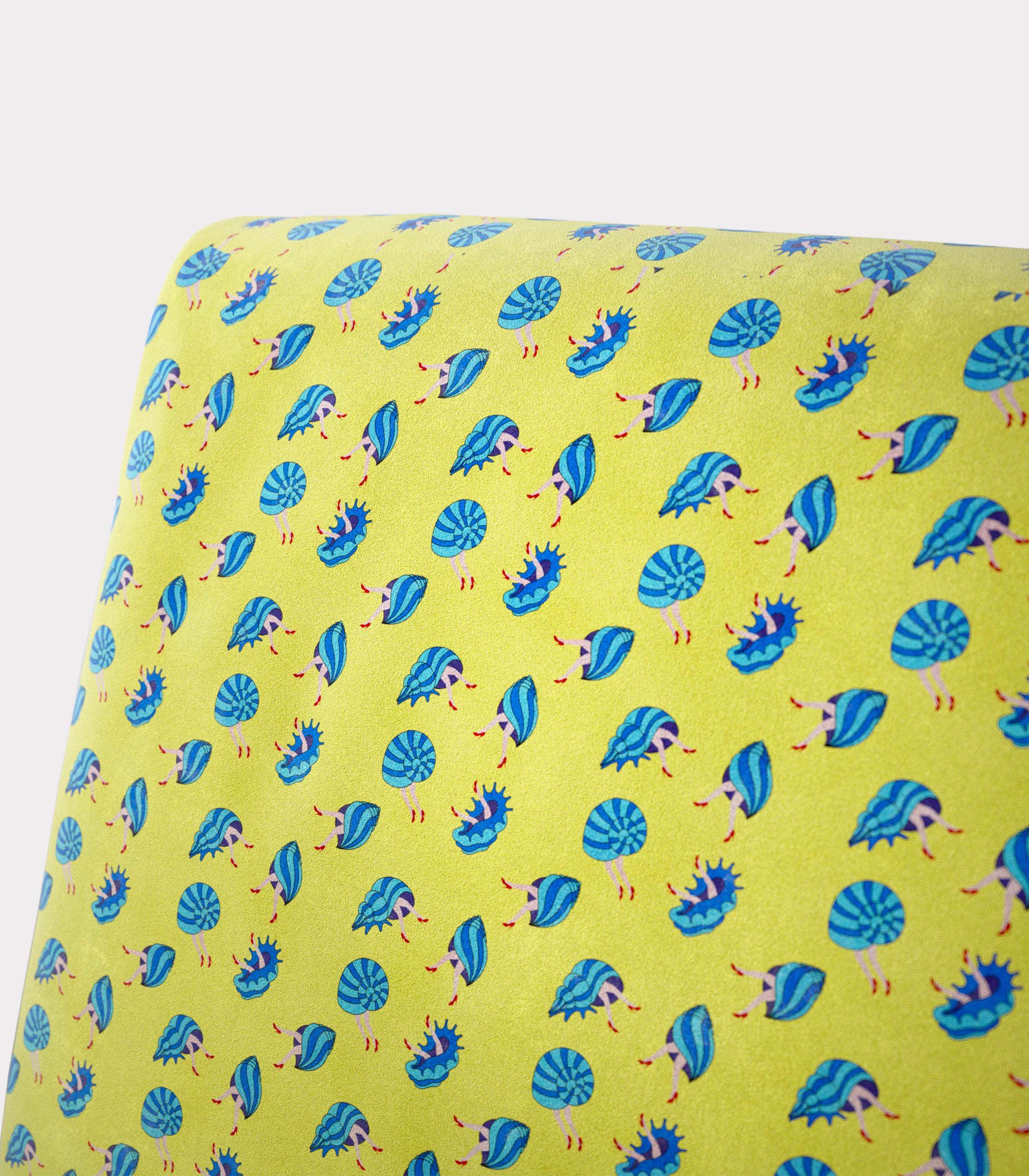 poltrona pattern conchiglie e gambe loopo milano design Z