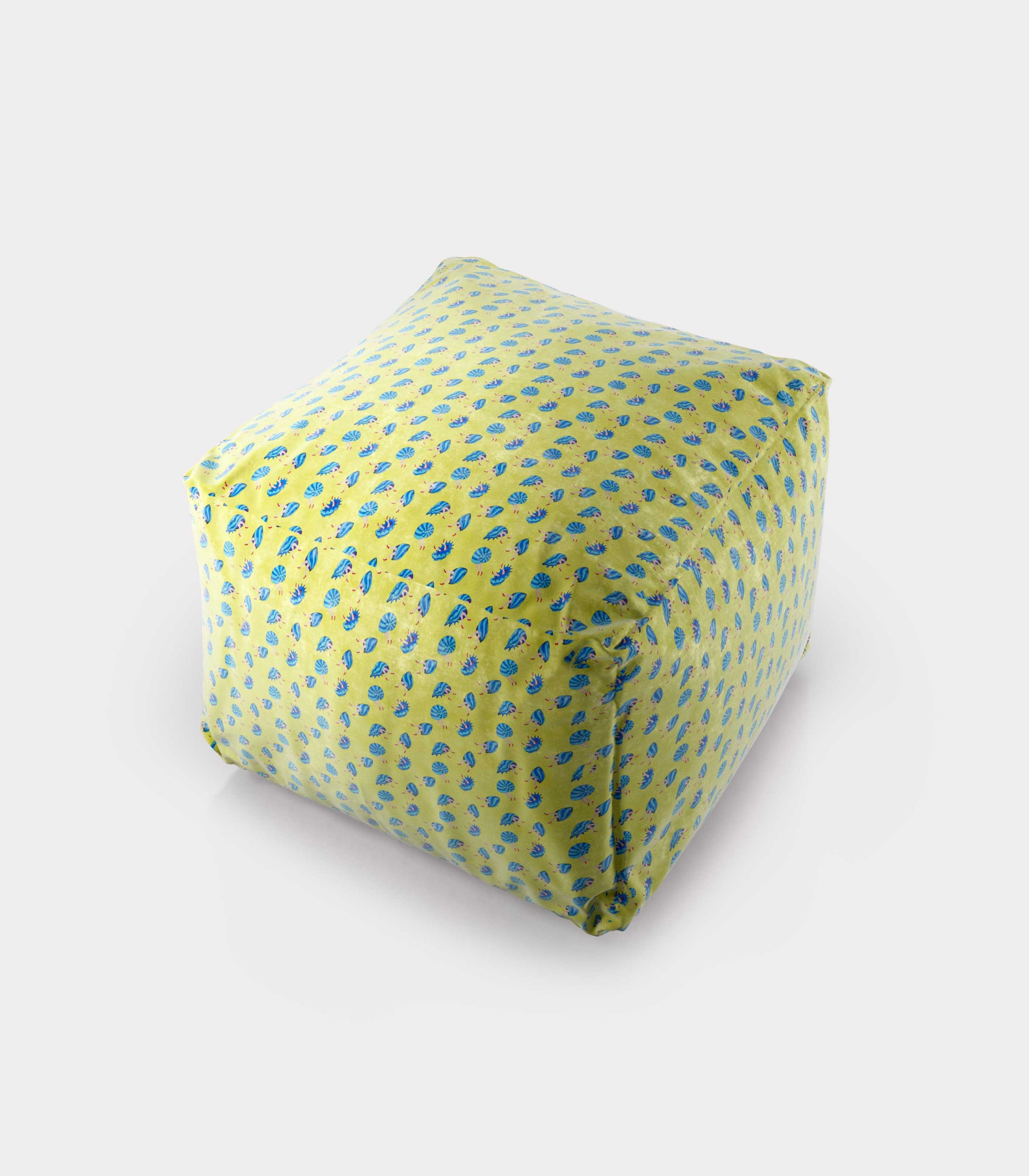 """Polystyrene Pouf with """"Shells and Legs"""" pattern loopo milan design FD"""